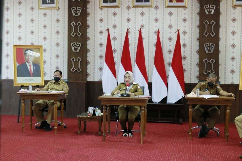 Evaluasi Program Pencegahan Korupsi Terintegrasi Pemkab Tuba Bersama KPK Melakukan Rapat Secara Zoom Meeting